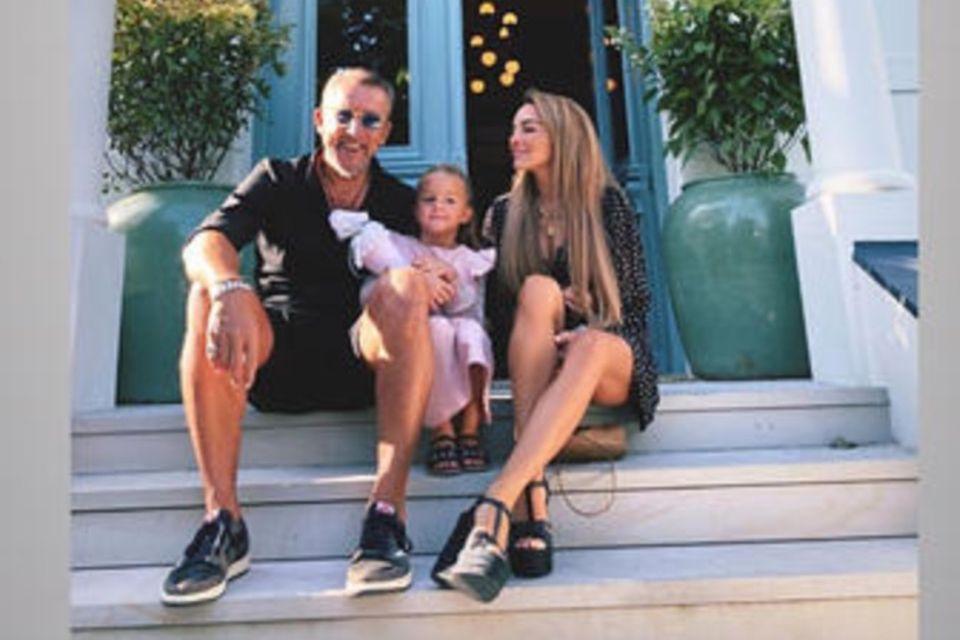 Estefania Heidemanns mit Mann und Tochter