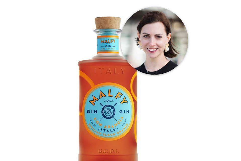 Italien-Urlaub auf der Zunge:Lifestyle-Redakteurin Kathrin liebt Gin und probiert sich gerne durch extravagante Variationen.