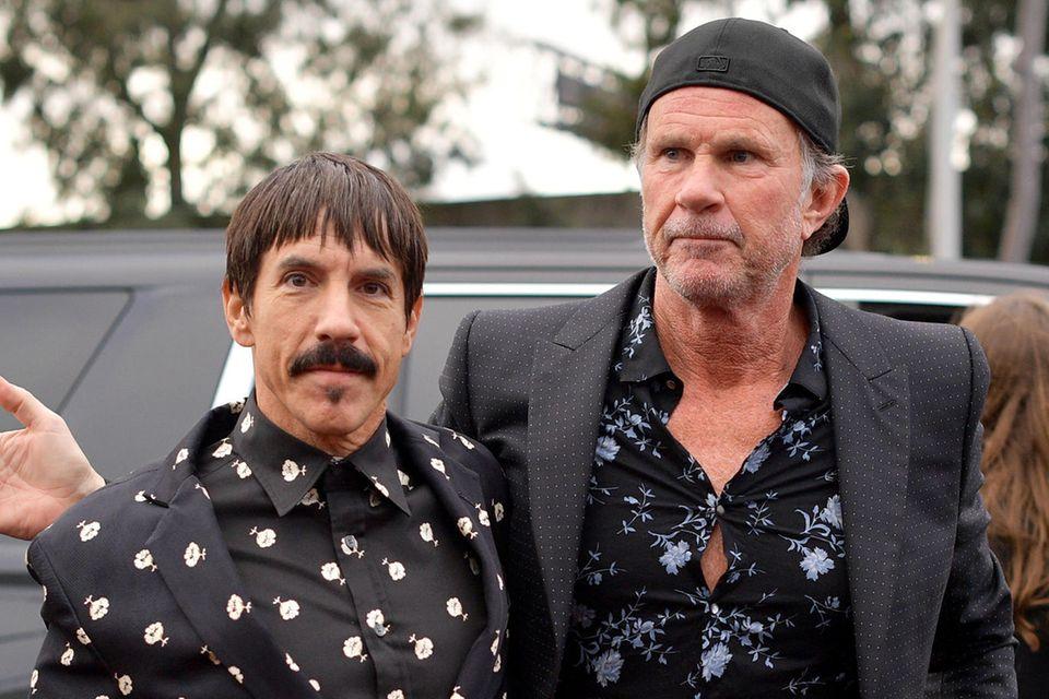 Red Hot Chili Peppers-Mitglieder Anthony Kiedis und Chad Smith