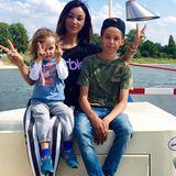 20. August 2020  Waren sie nicht super süß? Verona Pooth teilt mit ihren Instagram-Fans dieses witzige Erinnerungsfoto mit Sohn San Diego (r.) und dem ziemlich frechen Rocco. Der ist mittlerweile schon neu Jahre alt, San Diego bereits 16. Nur Verona selbst scheint keinen Tag gealtert zu sein.