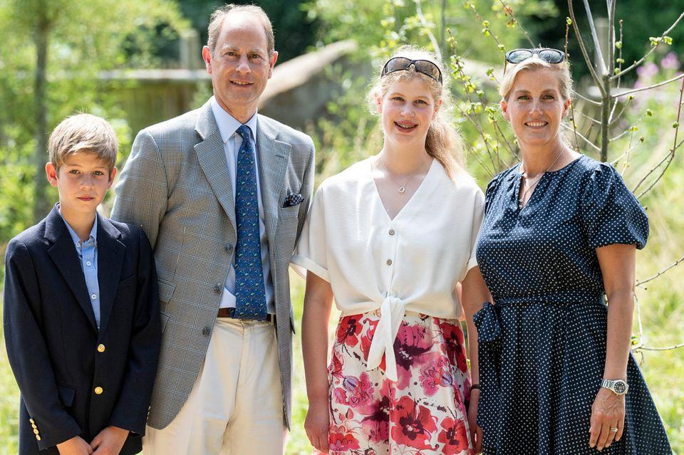 Die Familie Wessex: James, Viscount Severn, PrinzEdward, Lady Louise Windsor undGräfin Sophie