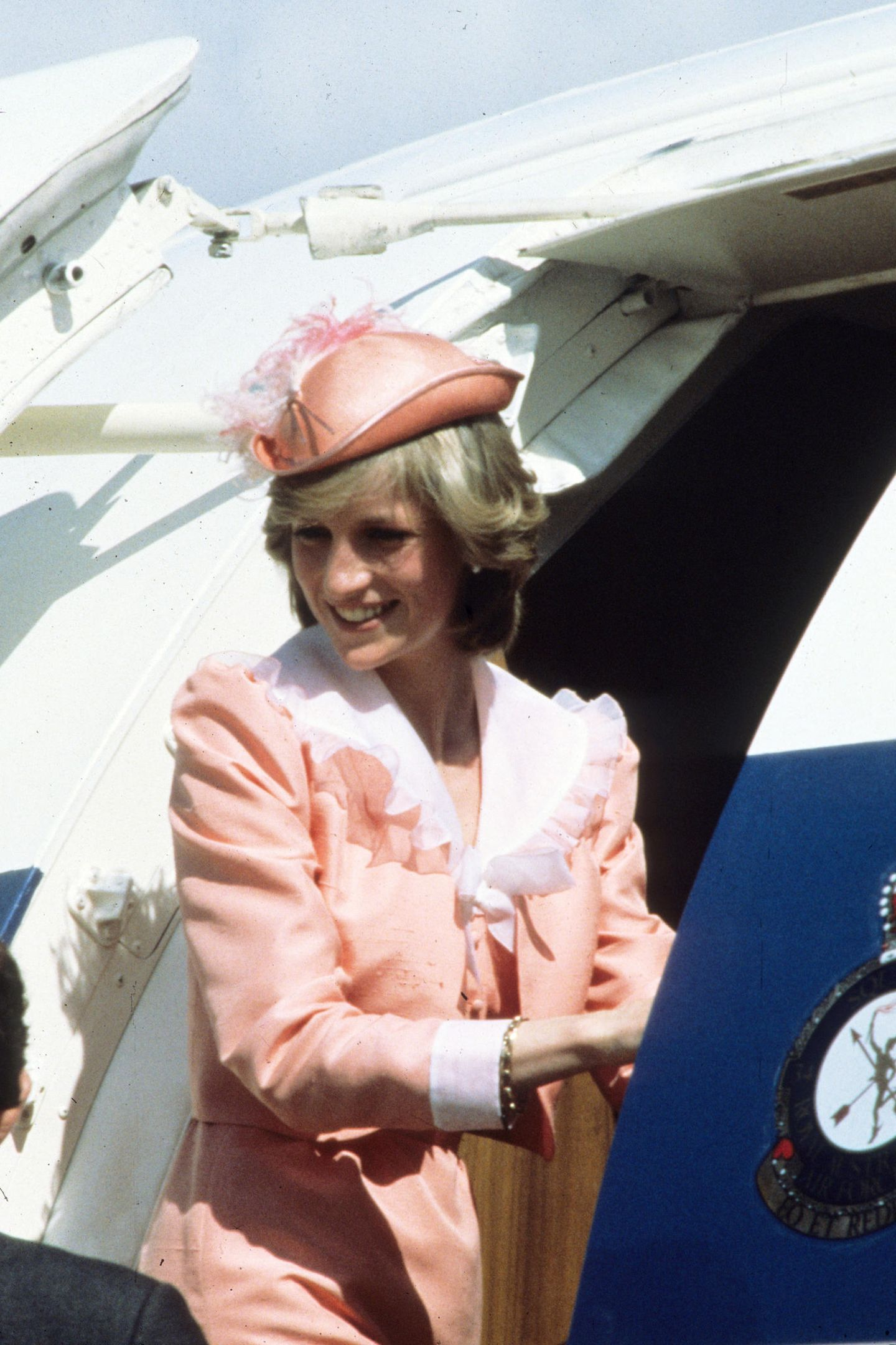 1982   Der erste offizielle Auslandsbesuch war verbunden mit einer langen Flugreise: Es geht nach Australien.