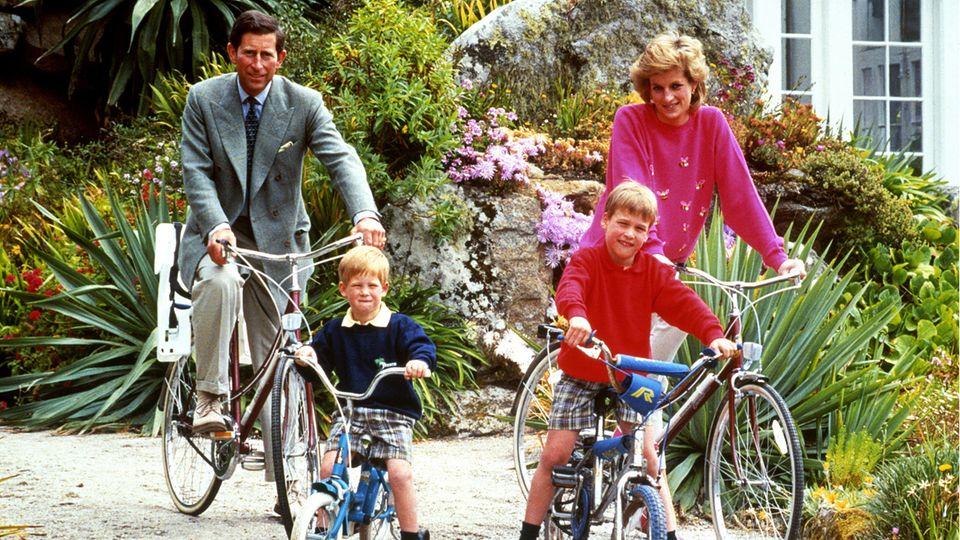Prinz Charles, Prinz Harry, Prinz William und Prinzessin Diana