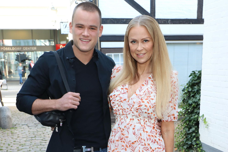 Jenny Elvers mit ihrem Sohn Paul
