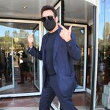 Ist er es wirklich? Matt Dillon ist mit Maske und dunkler Brille wirklich kaum zu erkennen.