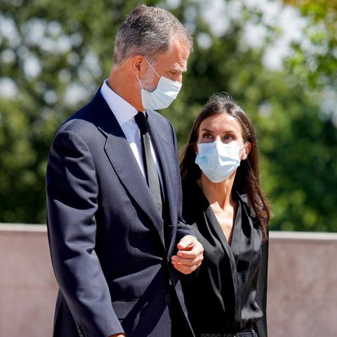 König Felipe und Königin Letizia am 4. September auf dem Weg zurLeichenhalle La Paz in Madrid.