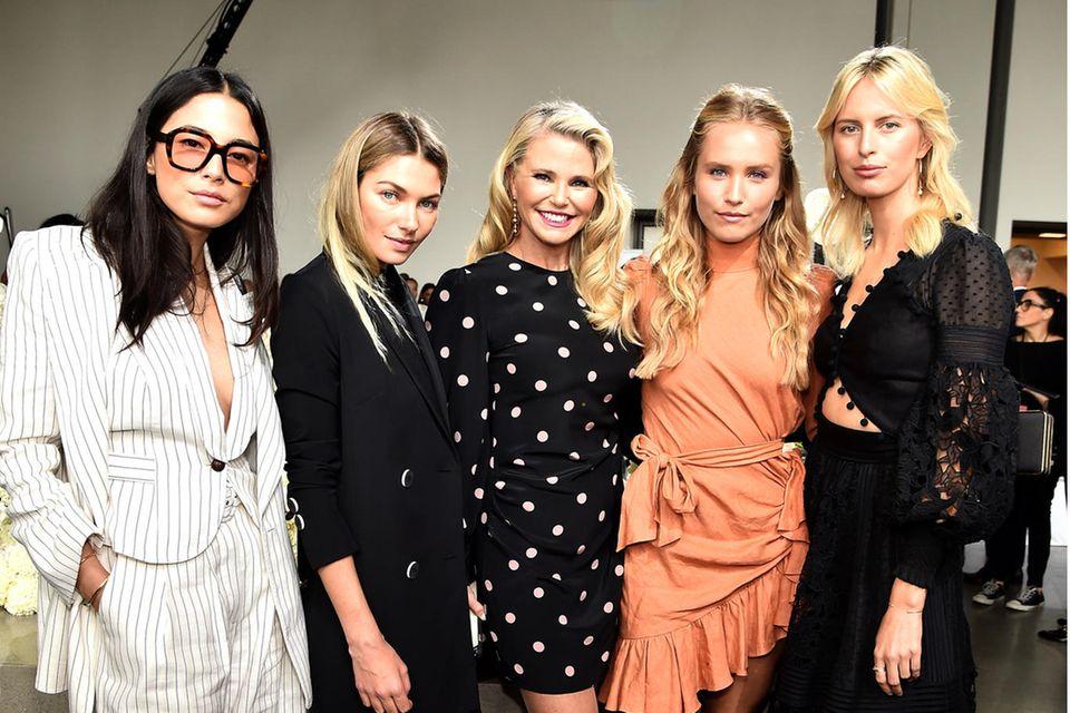 Jessica Gomes, Jessica Hart, Christie Brinkley, Sailor Brinkley Cook und Karolína Kurková