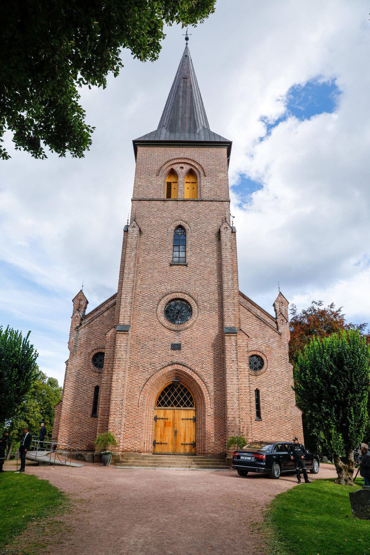 Die Zeremonie findet in der Kirche von Asker, bei Oslo statt.