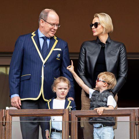 Fürstin Charlène und Fürst Albert mit ihren Zwillingen Gabriella und Jacques