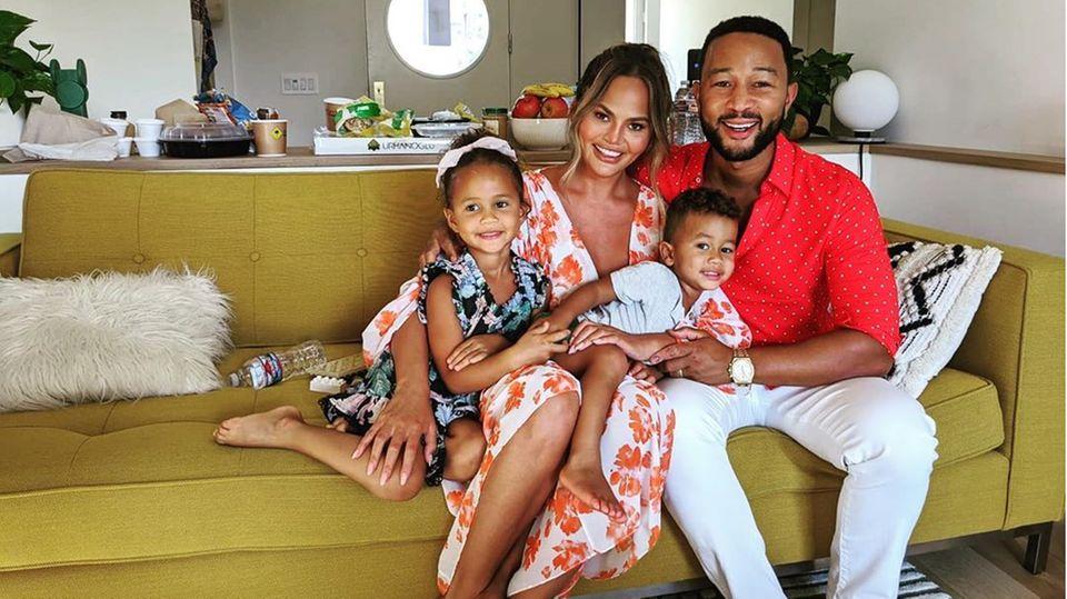 Chrissy Teigen, JohnLegend mit ihren Kindern Luna und Miles