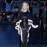 """Für das """"BFI London Film Festival"""" im Jahr 2015 erschien Cate Blanchett zum ersten Mal in dem spektakulären Kleid des kolumbianisch-amerikanischen Modedesigners."""