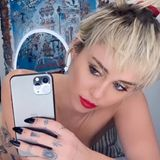 Miley Cyrus postet Nackt-Selfie
