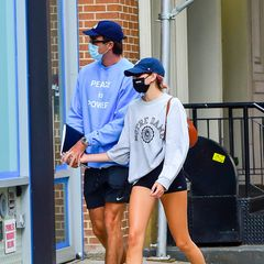 """11. September 2020  Ob die Liebesgerüchte um """"Kissing Booth""""-Star Jacob Elordi und Topmodel Kaia Gerber wohl stimmen? Zumindest sind die beiden in den letzten Tage verdächtig oft dabei fotografiert worden, wie sie händchenhaltend durch New York laufen. Eine offizielle Bestätigung gibt es jedoch nicht."""