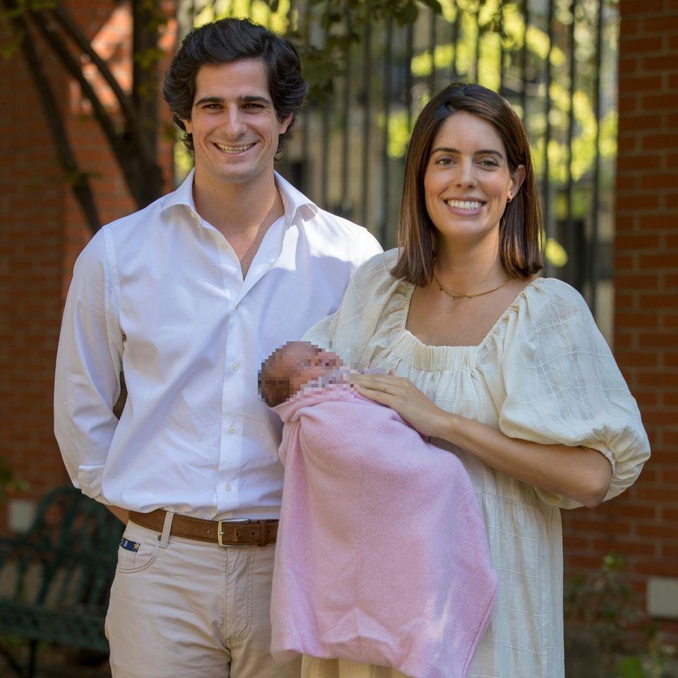 Fernando Fitz-James Stuart, seine Ehefrau Sofia und die gemeinsame Tochter Rosario.