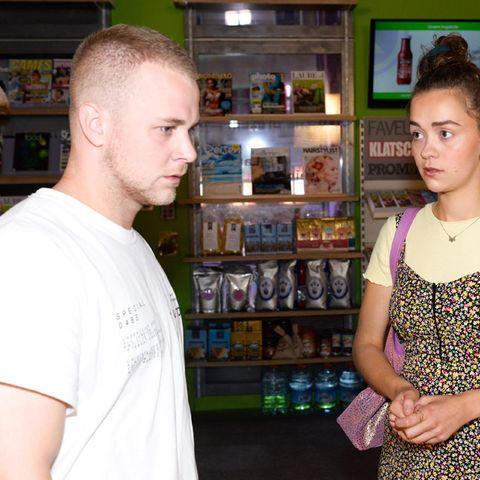Felix van Deventer mit SchauspielkolleginRonja Herberich