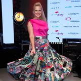 Barbara Schöneberger im knalligen Outfit beim dreamday