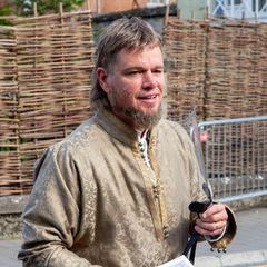"""Na, hätten Sie Matt Damon erkannt? Der Oscarpreisträger steht derzeit als französischer Ritter """"Jean de Carrouges"""" für den Historienfilm """"The Last Duel"""" von Ridley Scott vor der Kamera."""