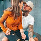 Ob sie es irgendwann bereuen werden? Momentan ist das Paar glücklicher denn je, zeigen sich verliebt und stolz ihren Fans auf Instagram. Das Tattoo haben sich die beiden übrigens zum Jahrestag stechen lassen.