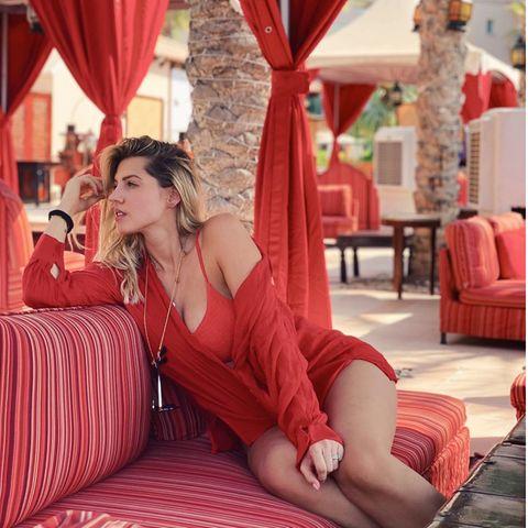 07. Oktober 2020  Ihre Liebe zu Dubai hat bei Sarah Harrison eine lebensverändernde Entscheidung herbeigeführt: Sie wird mit ihrem Ehemann und den zwei kleinen Töchtern in den Wüstenstaat ziehen.