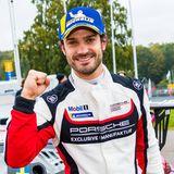"""10. Oktober 2020  Super Start für den PS-Prinzen beim""""Porsche Carrera Cup Scandinavia"""": Carl Philip von Schweden gewinnt dasersteRennen derSportwagen-Meisterschaft in Kågeröd."""
