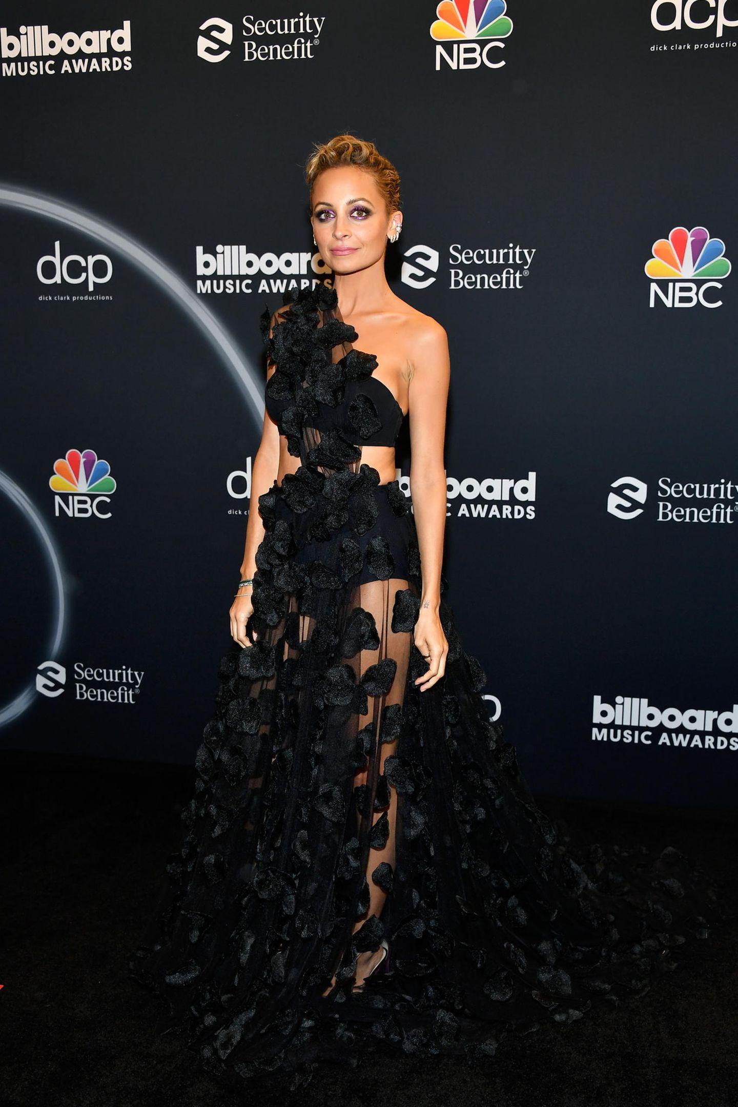 Nicole Richie im Kleid von Christian Siriano