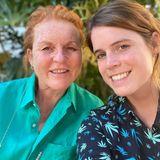 """15. Oktober 2020  Happy Birthday, Sarah Ferguson! Zum Geburtstag ihrer """"Mumsy"""" verfasst Prinzessin Eugenie einen liebevollen Post aufInstagram. Mit den Worten """"Du bist einzigartig"""" beschreibt sie ihre Mutter und hat zuihrem Ehrentag eine kleine Fotogalerie mit Schnappschüssen aus """"Fergies"""" buntem Leben zusammengestellt."""