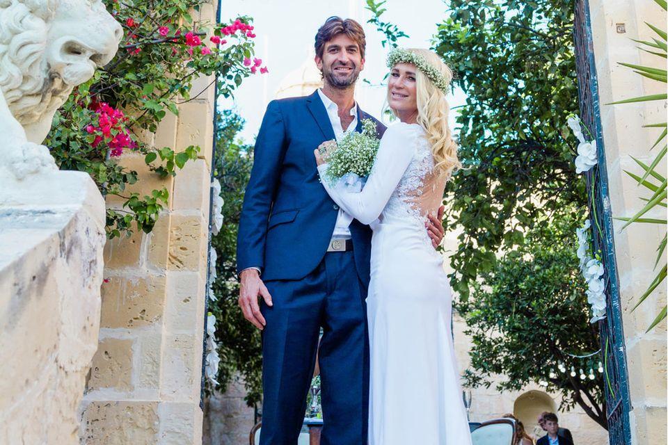 Frisch verheiratet: Matthew Cardona undSarah Kern. Alle Exklusiv-Fotos der Hochzeitsehen Sie in der neuen Ausgabe der GALA (abDonnerstag, 15. Oktober im Handel).