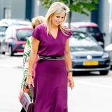 Máxima der Niederlande ist die Königin der Farben. Klar, dass sie zu ihren Kleidern auch die passenden Accessoires hat...