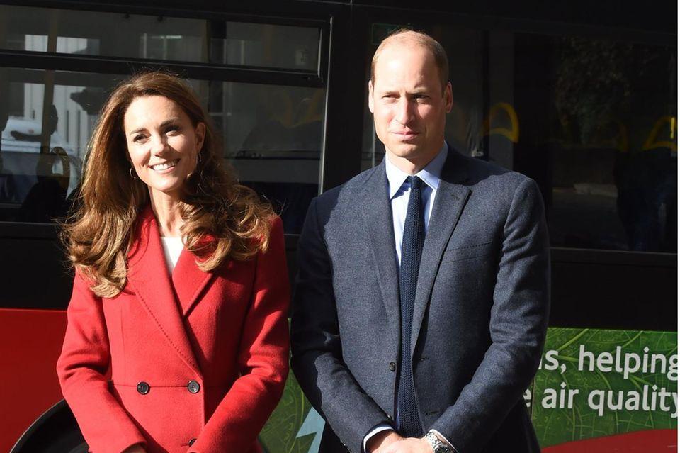 """Herzogin Kate und Prinz William bei der Fotoausstellung """"Hold Still"""" in London"""