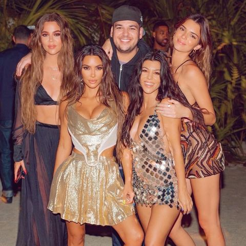 Khloé, Kim, Rob, Kourtney, Kendall
