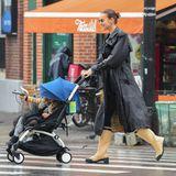 Irina Shayk und Tochter Lea im Burberry-Partnerlook