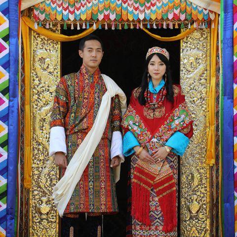 Hochzeitsfreude im Königreich Bhutan:Prinzessin Eeuphelma Choden Wangchuck undDasho Thinlay Norbu haben im Dechencholing-Palast in Thimphu geheiratet.