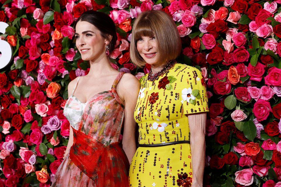 """Beste Freundin  Bee Shaffer, Wintours Tochter aus der ersten Ehe, ist mit dem Sohn von Franca Sozzani, der legendären, 2016 verstorbenen Chefin der italienischen """"Vogue"""" verheiratet"""