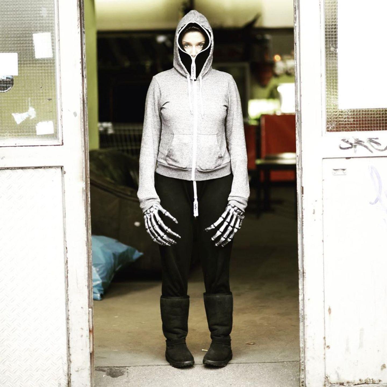 Na, hätten Sie sie erkannt? Mit diesem Foto jagtJeanette Biedermann ihren Fans einen kleinen Schrecken ein.