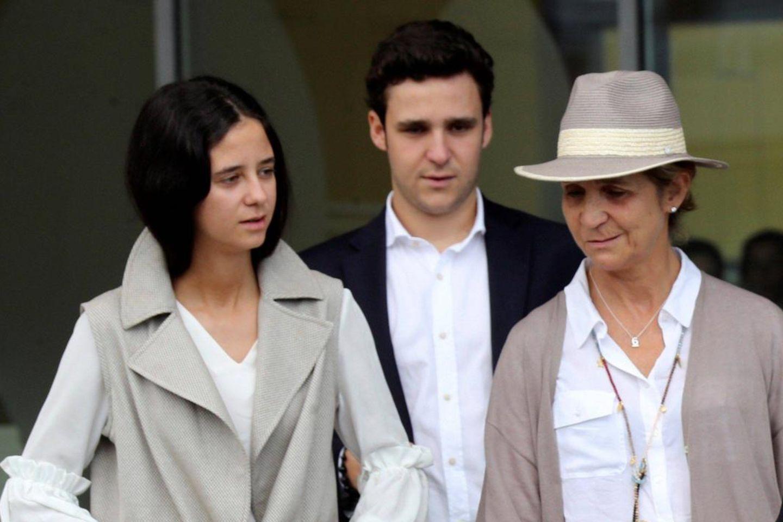 Victoria Federica, Felipe Juan Froilan undPrinzessin Infanta Elena im August 2019.