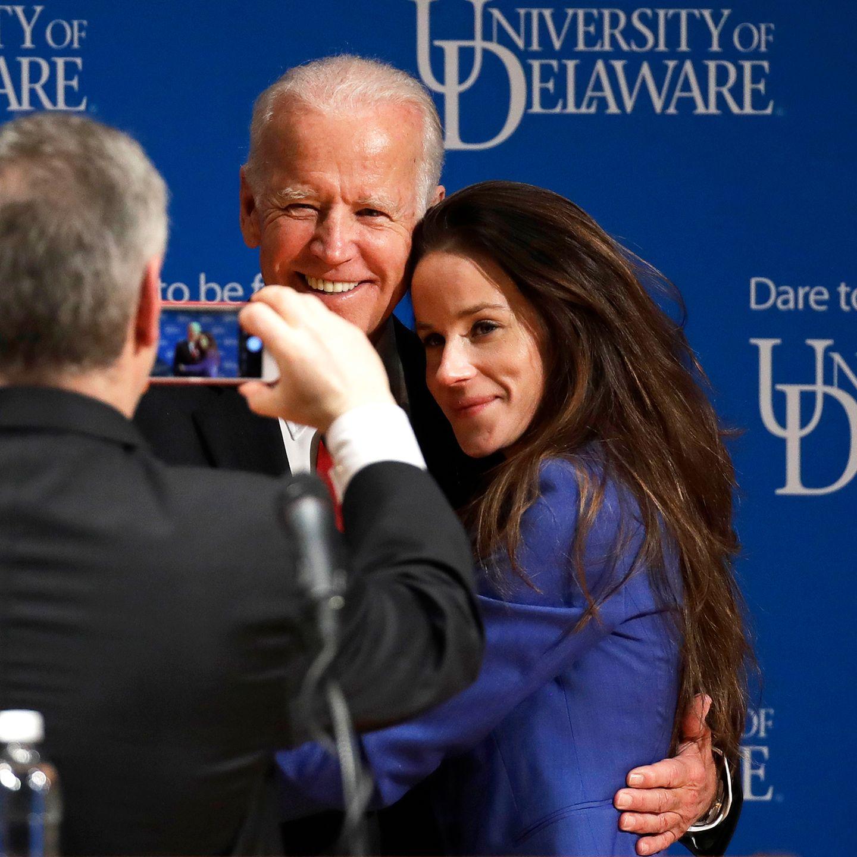 """Joe Biden und Tochter Ashley sind """"die neuen Alten"""" im Weißen Haus. Joe Biden war von 2009 bis 2017 bereits der Vize Amerikas. Jetzt hat er es an die Spitze geschafft."""