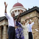 23. August 2008  Auch eine Art Familie: Die Obamas und die Bidens waren schon vor ihrer gemeinsamen, achtjährigen Amtszeit ein tolles Team während der Wahlkampfveranstaltungen.