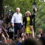 18. Mai 2019  Jetzt geht es los! Joe und Jill Biden starten in Philadelphia gut gelaunt in den Wahlkampf, der den ehemaligen Vize-Präsidenten anderthalb Jahre später zum Erfolg führen wird.