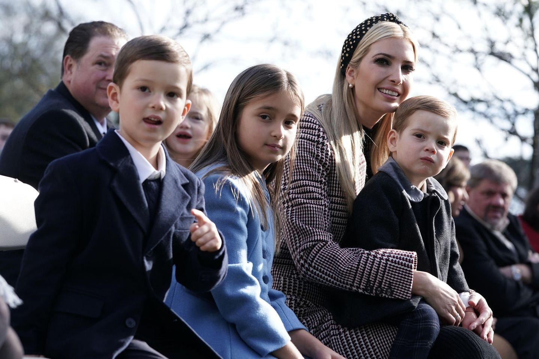 Ivanka Trump hat drei Kinder: Joseph, Arabella und Theodore. Hier besucht die Familie im November 2018 eine Veranstaltung im Rosengarten des Weißen Hauses.