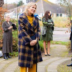 Königin Máxima trägt den perfekten Herbst-Mantel