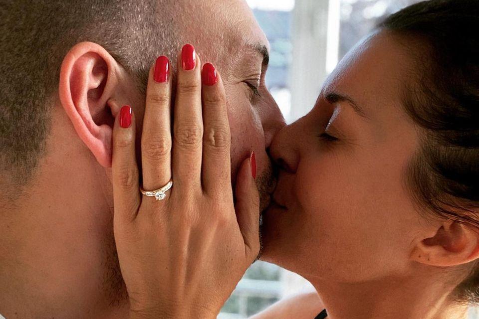Vanessa Blumhagen ist verlobt