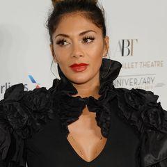 Sängerin Nicole Scherzinger hat im Laufe ihrer Karriere einige optische Veränderungen mitgemacht. Haarlänge, Augenbrauen, Outfits. Aber das ist noch nicht alles ...