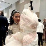 """Seit 2005 hat die thailändische Prinzessin ihr eigenes Fashion-Label""""Sirivannavari Bangkok"""".2007 wurde sie von Pierre Balmain eingeladen, ihre erste Kollektion während der Pariser Fashion Week zu zeigen."""