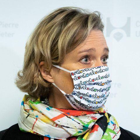 Delphine Boël besucht am 17. November ein Krankenhaus in Brüssel.