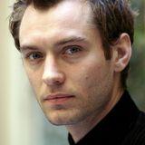 2004: Jude Law  Mit einem untrüglichen Sinn für Stil und Mode schafftes Briten-Beau Jude Law 2004 ganz oben auf das Siegertreppchen.