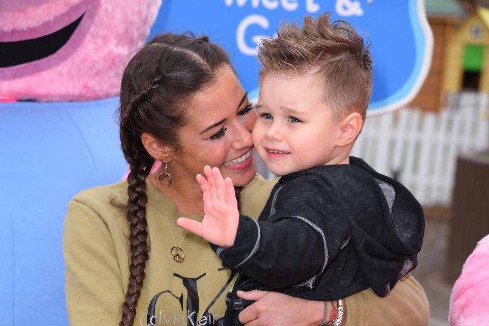 Sarah Lombardi mit Sohn Alessio im April 2018