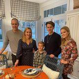 Happy Thanksgiving von Familie Witherspoon: Reese Witherspoon dankt in diesen Zeiten besondersden Helfern an vorderster Front, dem medizinischen Personal und all denjenigen, die sich heute um andere kümmern.