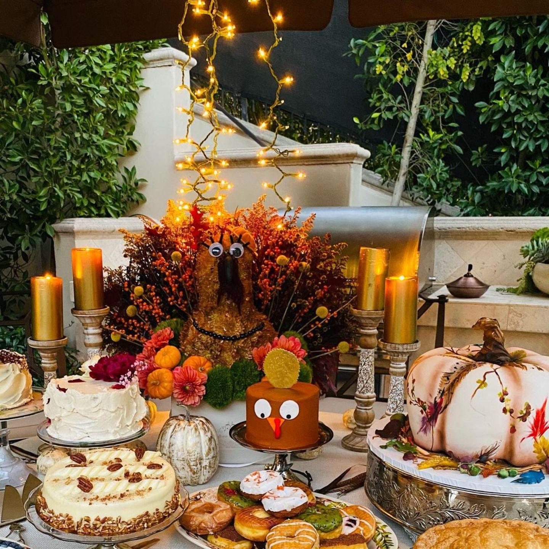 Sofia Vergara hat für ihre Liebsten ordentlich aufgefahren und ein besonderes Thanksgiving-Buffet gezaubert.