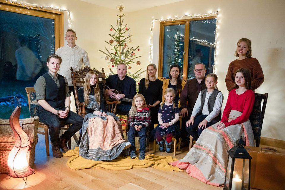 Angelo Kellys Familie musiziert mit der Familie von Joey Kelly