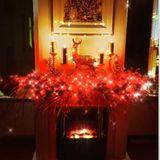 Farbenfroh und extrovertiert geht es bei Natascha Ochsenknecht nicht nur im Kleiderschrank, sondern auch in Sachen Weihnachtsdekoration zu.